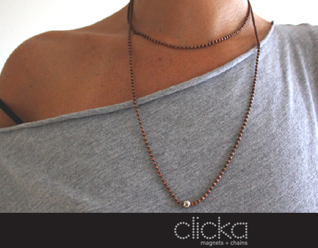 CLICKA magnets and chains